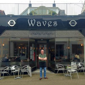 Waves Cafe Bar